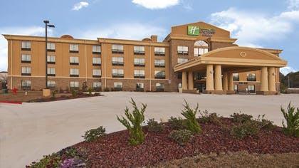 Featured Image   Holiday Inn Express & Suites Jackson / Pearl Intl Airport