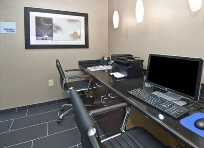 Business Center   Holiday Inn Express & Suites Jackson / Pearl Intl Airport