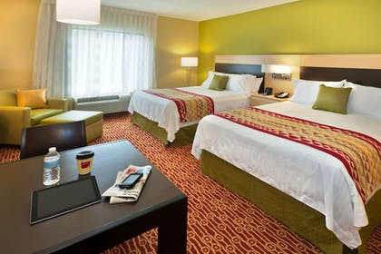Guestroom | TownePlace Suites Nashville Airport