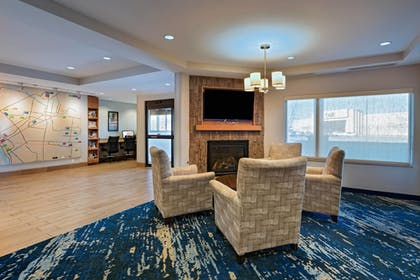 Lobby | TownePlace Suites Monroe