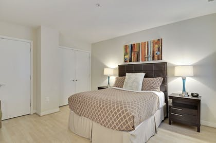 Guestroom | The Woodward Building
