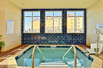 Pool | Holiday Inn Express and Suites Williston