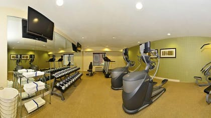 Fitness Facility | Holiday Inn Express and Suites Williston