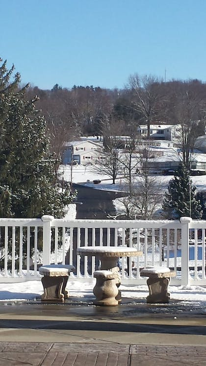 Property Grounds | Paradise Inn & Suites