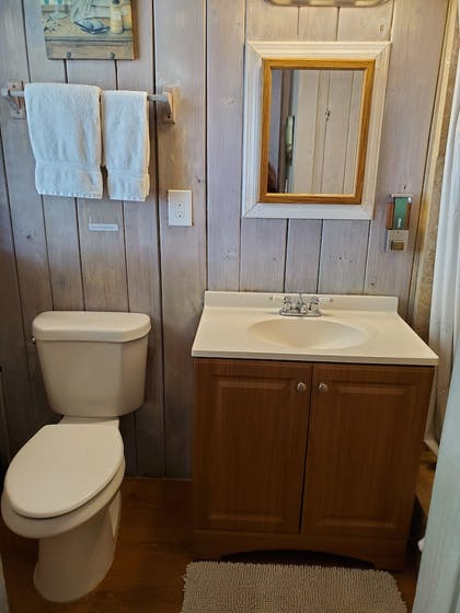 Bathroom Sink | Captain Pips Marina & Hideaway