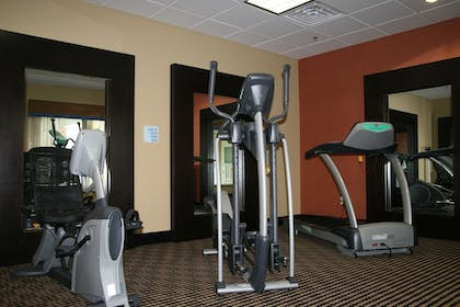Fitness Facility | Holiday Inn Express and Suites George West