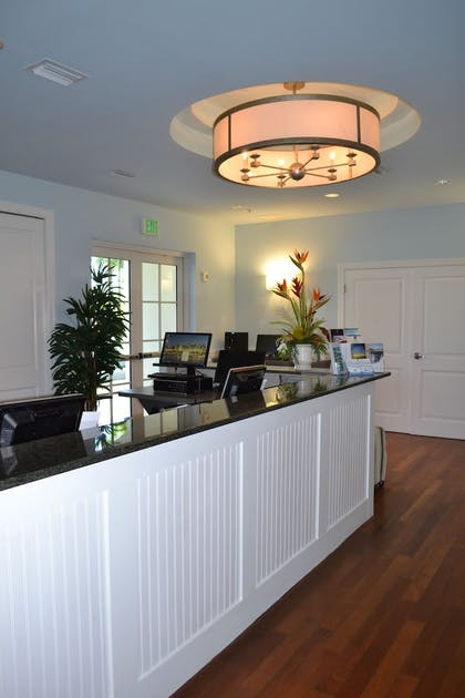 Check-in/Check-out Kiosk | Harborside Suites at Little Harbor