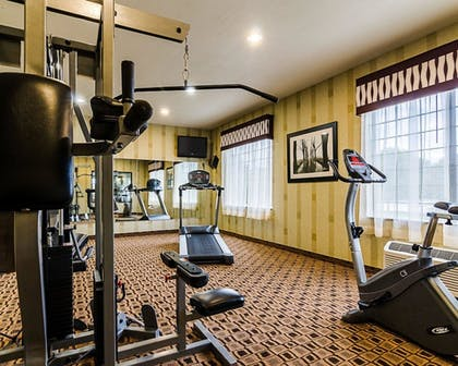 Fitness Facility | Comfort Inn & Suites Lawrence - University Area