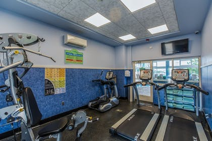 Fitness Facility | Shutters on the Banks