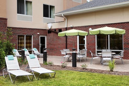 Exterior | Fairfield Inn & Suites Marietta