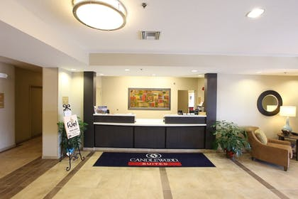 Lobby | Candlewood Suites St Joseph