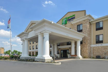 Exterior | Holiday Inn Express & Suites Greenfield