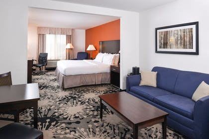 Room | Holiday Inn Express & Suites Greenfield