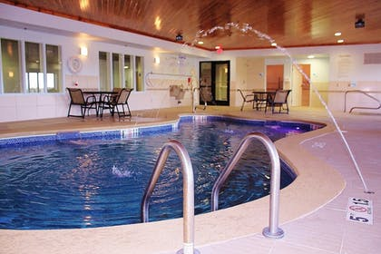 Pool | Holiday Inn Express & Suites Greenfield