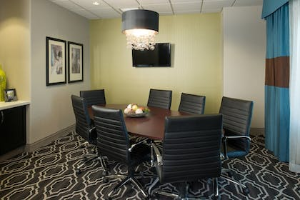 Meeting Facility | Holiday Inn Express and Suites Kansas City Airport