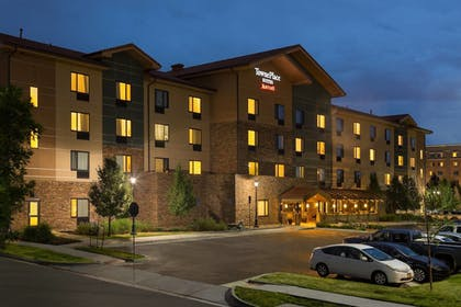 Featured Image | TownePlace Suites by Marriott Denver Airport at Gateway Park