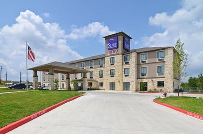 Hotel Front | Sleep Inn & Suites Austin North I-35
