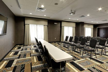 Meeting Facility | Holiday Inn Express Cleveland Northwest