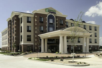 Exterior | Holiday Inn Express Hotel & Suites Marion Northeast