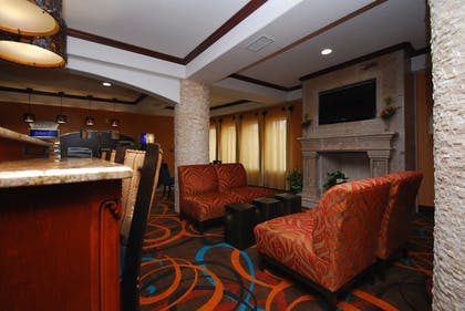 Hotel Interior | Holiday Inn Express & Suites Gonzales