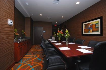 Meeting Facility | Holiday Inn Express & Suites Gonzales