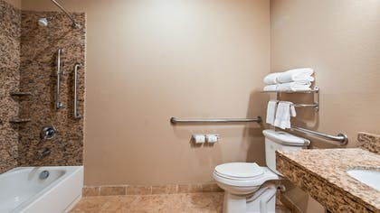 Bathroom | Best Western Plus Kenedy Inn