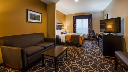 Guestroom | Best Western Plus Kenedy Inn