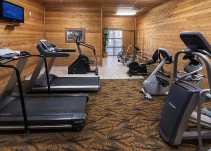 Fitness Facility | Arrowwood Resort at Cedar Shore