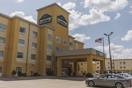 Featured Image | Expressway Suites Minot