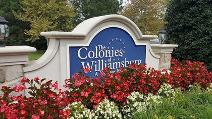 Hotel Entrance | The Colonies at Williamsburg