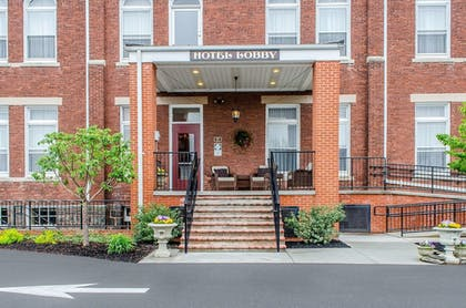 Exterior | Federal Pointe Inn, an Ascend Hotel Collection Member