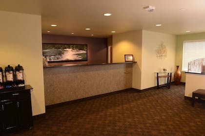 Lobby | Aspen Suites Hotel Anchorage