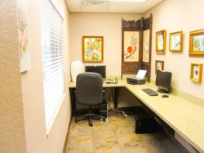 Business Center | Bell's Extended Stay and Suites