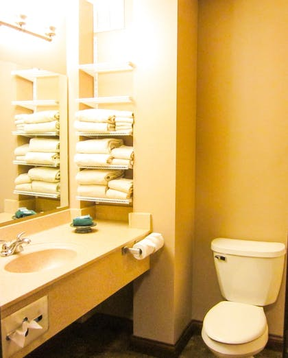 Bathroom | Bell's Extended Stay and Suites