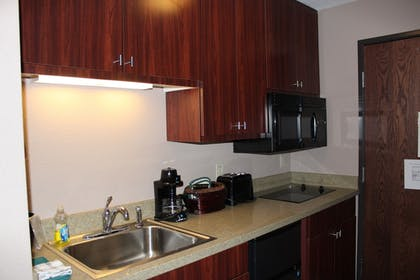 In-Room Kitchenette | Bell's Extended Stay and Suites