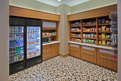 Snack Bar | SpringHill Suites Chattanooga Downtown/Cameron Harbor