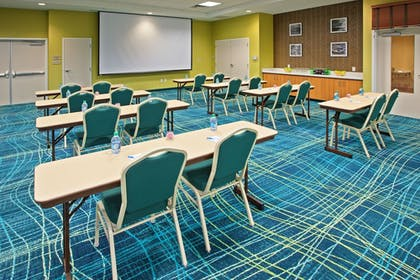 Meeting Facility | SpringHill Suites Chattanooga Downtown/Cameron Harbor