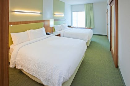 Guestroom | SpringHill Suites Chattanooga Downtown/Cameron Harbor