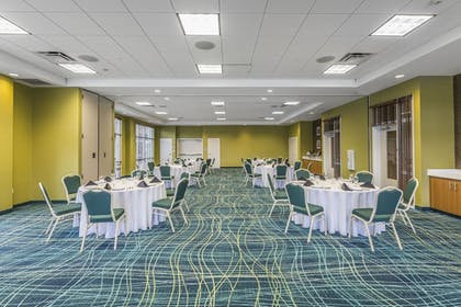 Reception Hall | SpringHill Suites Chattanooga Downtown/Cameron Harbor