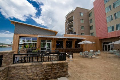Restaurant | SpringHill Suites Chattanooga Downtown/Cameron Harbor