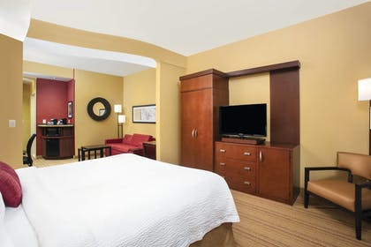 Room | Courtyard by Marriott Miami Homestead
