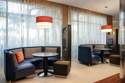 Lobby Lounge | Courtyard by Marriott Miami Homestead