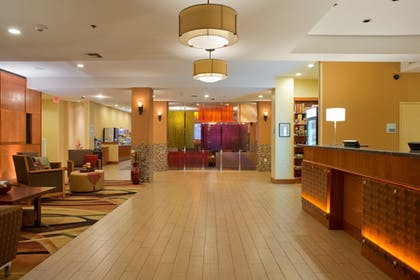Interior Entrance | Holiday Inn Express Hotel & Suites Prattville South