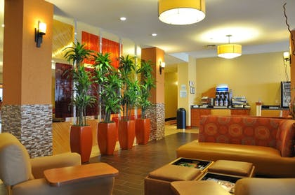 Interior Detail | Holiday Inn Express Hotel & Suites Prattville South