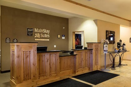 Lobby | Mainstay Suites