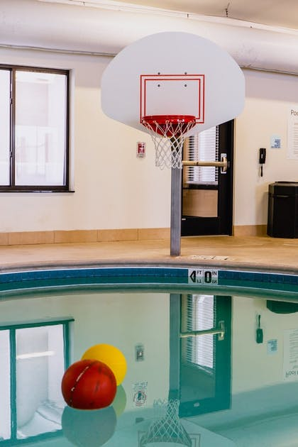 Pool | Holiday Inn Express Hotel & Suites Sidney