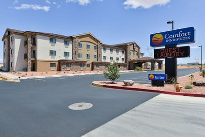 | Comfort Inn & Suites Page at Lake Powell