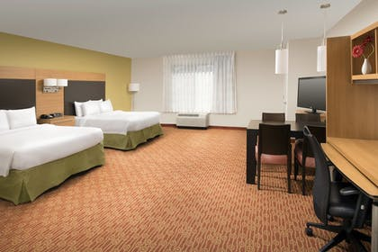 Guestroom | Towneplace Suites Eagle Pass