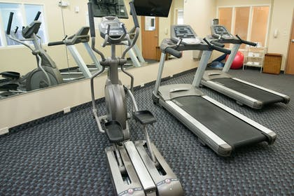 Fitness Facility | Holiday Inn Express Hotel & Suites Albert Lea - I-35