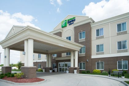 Featured Image | Holiday Inn Express Hotel & Suites Albert Lea - I-35